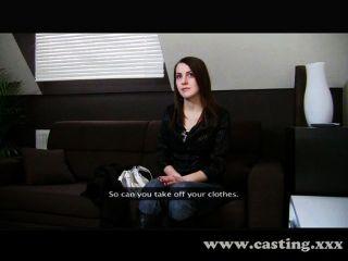 Tímido estudiante obtiene creampied en el casting