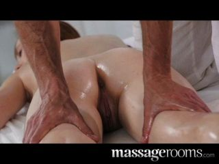 Salas de masaje profunda e intensa mierda