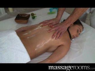 Salas de masaje córnea jóvenes tetas grandes niña