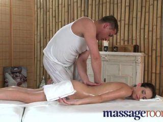 Salas de masaje joven belleza pequeña