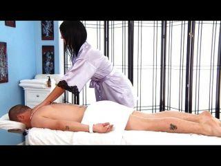 Cassandra nix masaje final feliz