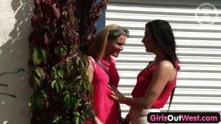 Muchachas hacia fuera caliente australiano caliente muchachas lesbianas