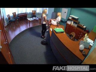 Un acuerdo sexual con un hospital fakehospital es golpeado