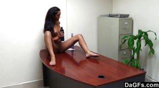 Oficina de striptease y orgasmo