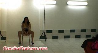 Verdadera reina de disco checa en caliente backstage video