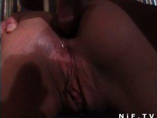 Sexo anal en una fiesta de sexo en grupo francés