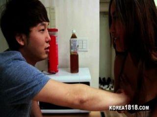 ¡Korea1818.com la virgen coreana afortunada consigue follar el bebé coreano caliente!