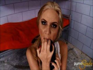 Coño de la prisión anal!Puma swede \u0026 phoenix marie!