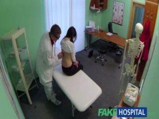 Fakehospital médicos curas gordo fuerte sexy horny pacientes dolencias
