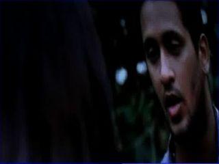 Desi universidad chica seducir joven muchacho en parque saree tira con telugu audio