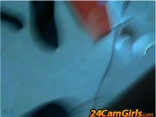 Latina bebe su propia leche materna 24camgirls.com