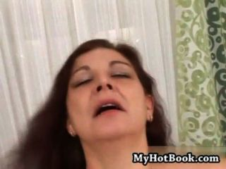 Quiero cum inside your mom 17 escena 1