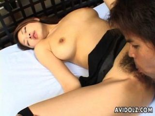 Busty japanese babe lo quiere