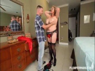 Sexy bbw milf kimmie kaboom coge panty sniffer