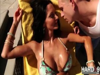 Enchanted tits ava addams obtiene su culo golpeado duro por su gallo hot guys