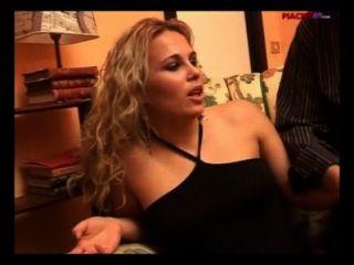 Ragazza figa straniera scopa italiano chica extranjera folla coño italiano