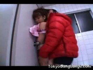 Asiática virgen follada por un pervertido adolescente gratis películas de sexo jovencitas