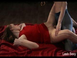 Strapon sin tirantes, feeldoe sexo de http://lesb.sexy