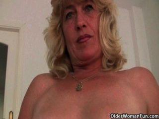Abuelas británicas que todavía disfrutan de la masturbación