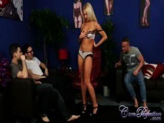 Sexy kiara lord cuckolds su hombre para una carga más grande