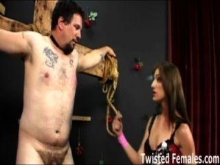 Amante brandi lyons haciendo sufrir a su esclavo