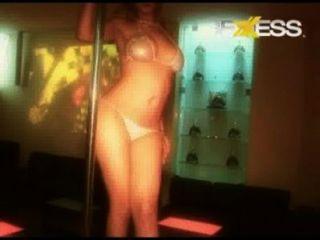 Claudia stripper, mesa de baile