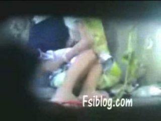 India hyderabadi lesbianas pareja sexo rahul.krr87 gmail com, skyp rsrahul007