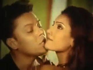 Bangla caliente película gorom masala hobe prem aj fata fati jaknare mise ridoy duti