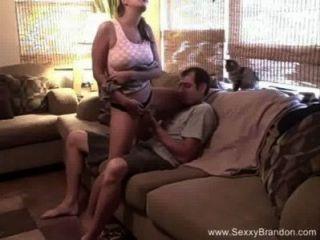 Sexxy aficionado sofá quickie