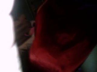 Montada con tanga y vestido rojo mi vecina la culona