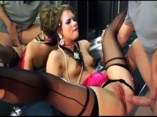 Glamour sexo en muslo medias altas y guantes