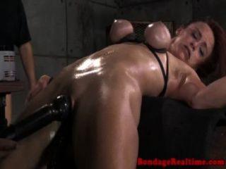Bdsm fetiche sub bella rossi spitroasted