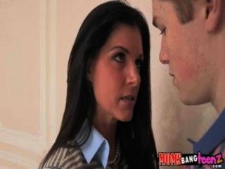 Mamá caliente y su hija fuck luck guy india summer, veronica radke 71