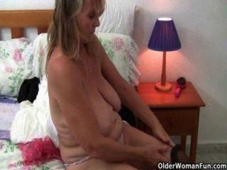 Abuelas británicas amor solo sexo en medias y pantyhose