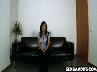 44 esta latina necesita dinero en efectivo y folla 16