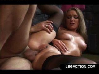 Mierda anal duro para rubia