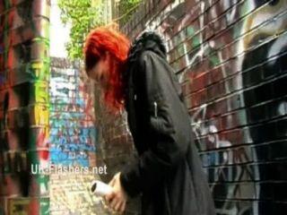 Redheaded amateur babe monicas intermitente y travieso exhibicionista mums público