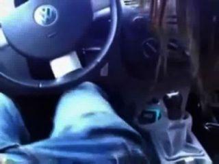Creampie en el coche