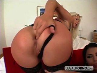 2 chicas sexy con grandes tetas tomar un gran pito en el culo rmg 1 02