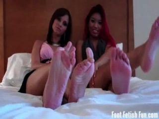 Asia y ashley amor conseguir sus pies adorado