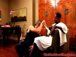 Ebony jock follando su culo blanco