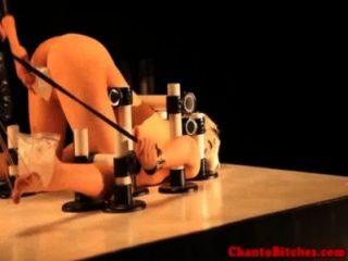Lezdom masters juego de hielo con el submarino amordazado