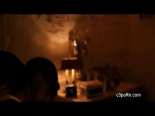 Gillian jacobs y scottie thompson escenas calientes el lookalike