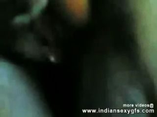 India desi chica follando con su tío en hotelroom indiansexygfs.com