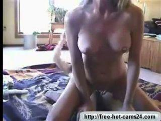 Rubia caliente montar un viejo dick cam gratis cams24.com