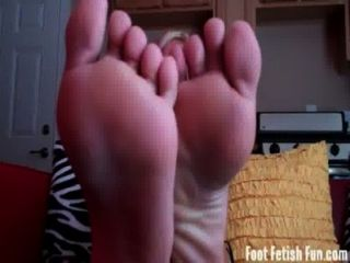 Verano necesita sus pies sexy adorado