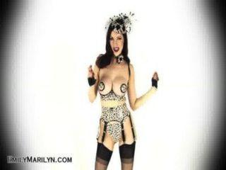 Emily marilyn fetish sensación