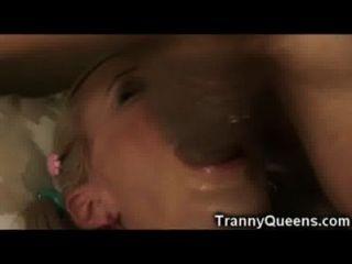 Tranny inesperado auto facial!