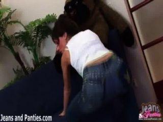Oh mi dios estos jeans flacos son tan apretados