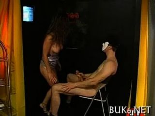 Las niñas reciben la ducha de flujo de spunk